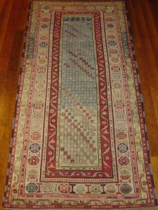 rugs-antique-nov-2010-web-002
